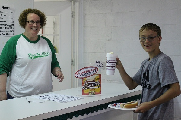 4-H Food Booth